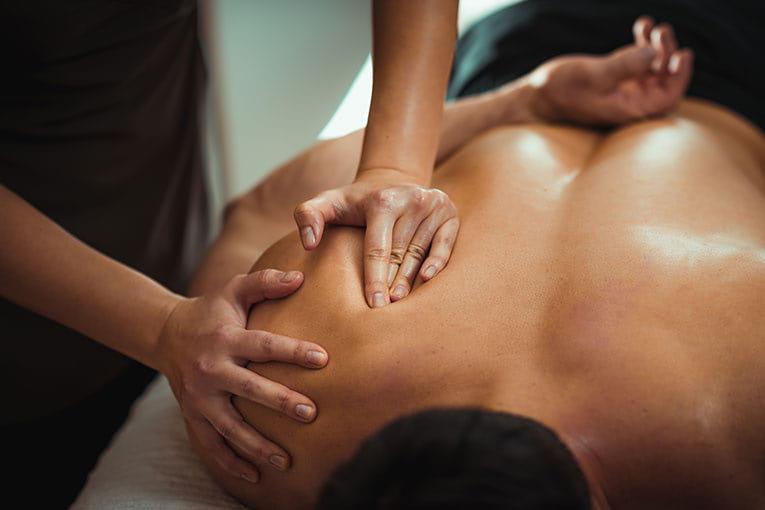 Physiotherapeutische Behandlungen - Rücken - Bodylounge Wolfratshausen